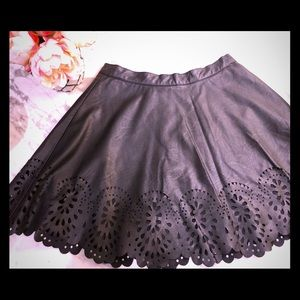 Millau | Black Skirt